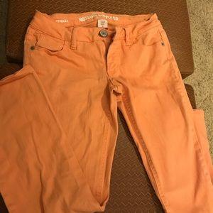 Tangerine skinny leg size 3 Mossimo jeans